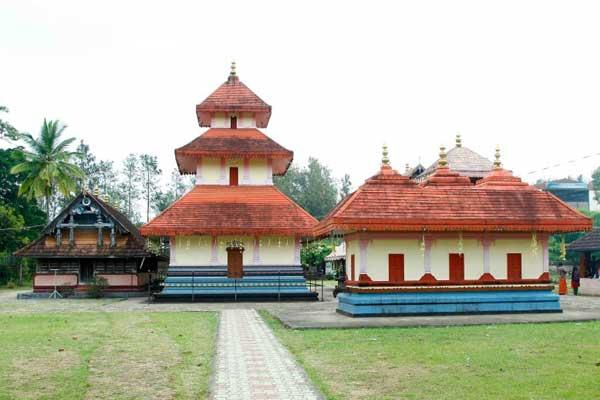 Seetha-lava-kusha-temple