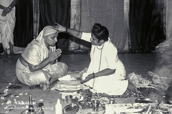 amma giving sannays