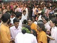 Amma gives Darshan in Calicut