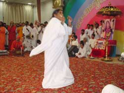 Amma dancing on Onam
