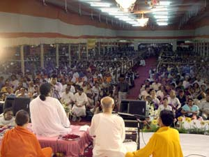 Amma on stage in Kolkata