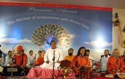 Amma on stage in Mumbai