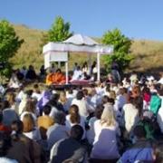 Amma with devotees in San Ramon ashram