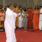 Amma dancing on Onam 2004