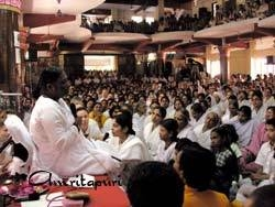 Amma giving satsang
