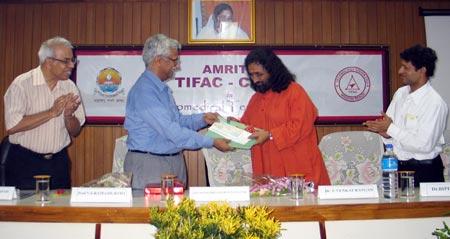 Swami Amritaswarupananda at inauguration of Amrita TIFAC-CORE