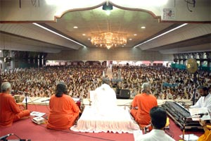 Amma in the hall