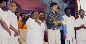 Amma on stage in Nagapattinam
