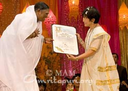 Amma being welcomed
