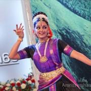 devotion-dance-manju