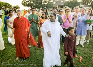 Amma with tour group