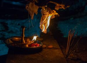How to protect oneself from black magic? - Amma, Mata Amritanandamayi Devi