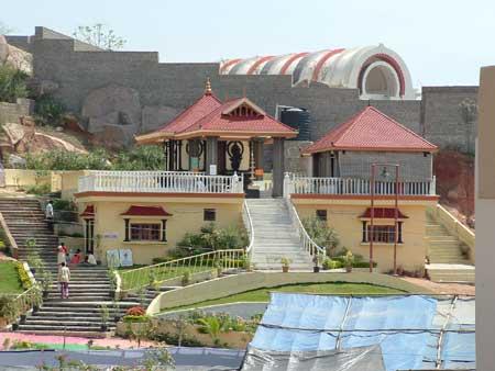 Amma blesses Hyderabad - Amma, Mata Amritanandamayi Devi