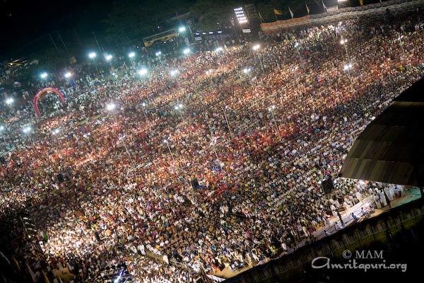 Tiruvalla Crowd
