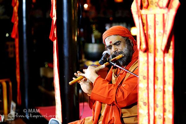15-buddha-swami-2