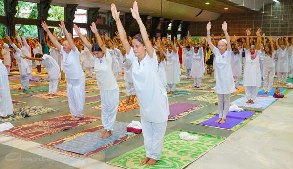 16-yoga-11