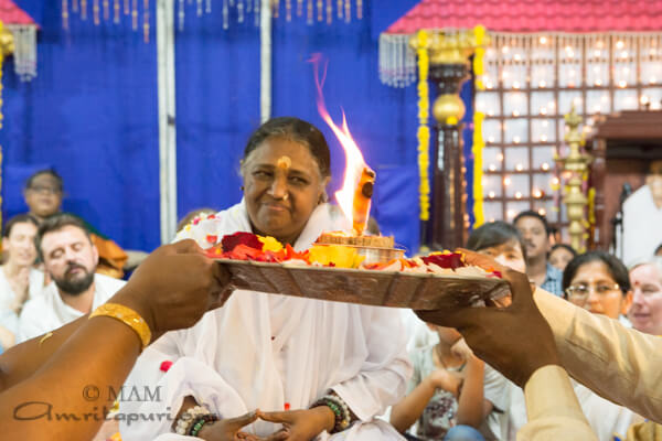 Amma in Chennai on her South India tour