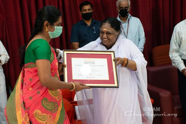 Dr Radhika N