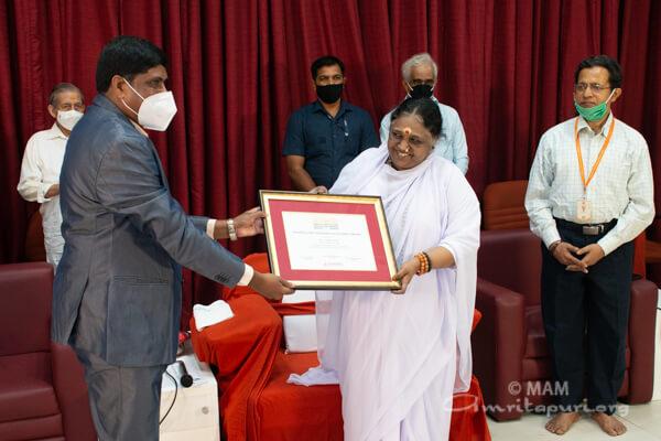 Dr R. Jayakumar